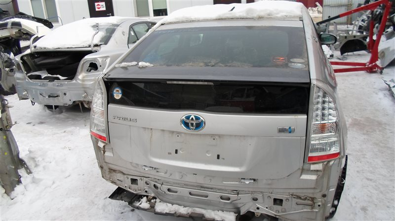 Дверь 5-я Toyota Prius ZVW30 2ZR-FXE 2010