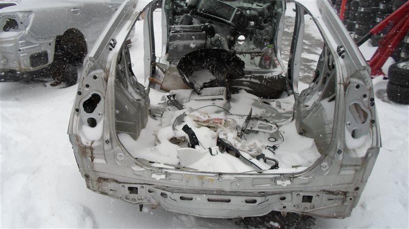 Rear-cut Toyota Prius ZVW30 2ZR-FXE 2010