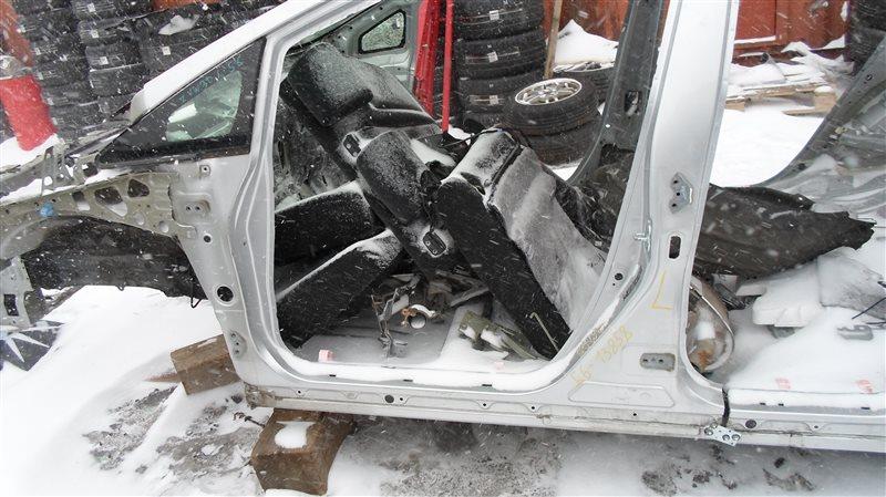 Порог кузова Toyota Prius ZVW30 2ZR-FXE 2010 левый
