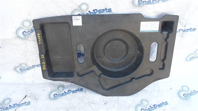 Пол багажника пластик Toyota Brevis JCG11 2JZ-FSE 2005