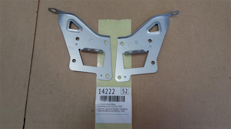 Крепление магнитофона Toyota Brevis JCG11 2JZ-FSE 2005