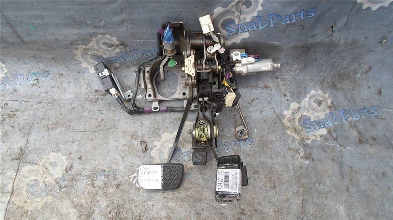 Педаль тормоза Toyota Brevis JCG11 2JZ-FSE 2005