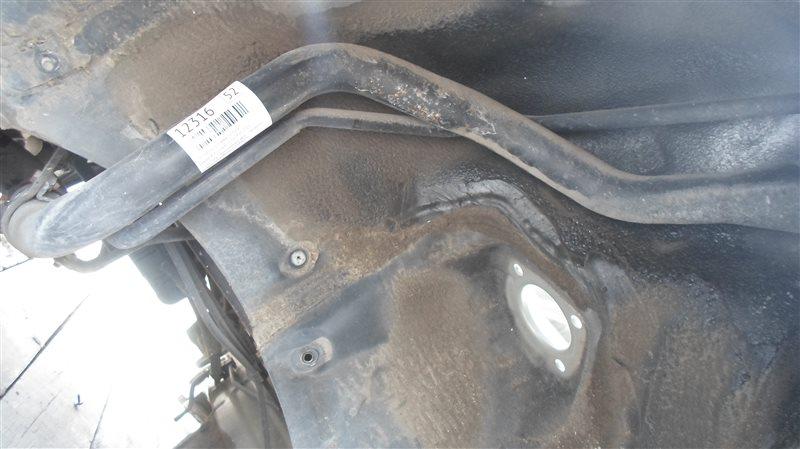 Горловина топливного бака Toyota Brevis JCG11 2JZ-FSE 2005