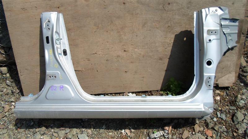 Порог кузова Toyota Allion ZRT265 2ZR-FAE 2013 правый