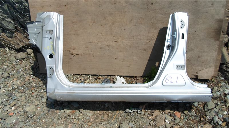 Порог кузова Toyota Allion ZRT265 2ZR-FAE 2013 левый