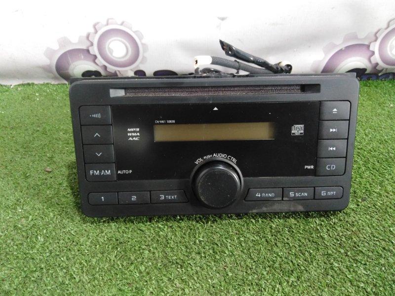 Магнитофон Toyota Fielder NKE165G 1NZ-FXE 2013