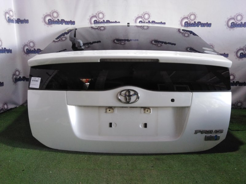 Дверь 5-я Toyota Prius NHW20 1NZ-FXE 2008