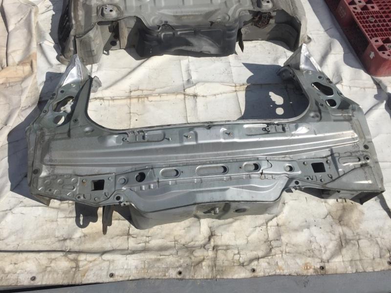 Панель кузова задняя Toyota Prius ZVW30 2ZR-FXE 2009
