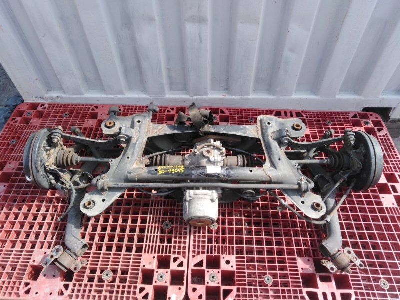 Балка подвески Toyota Premio ZRT265 2ZR-FAE 2011 задняя