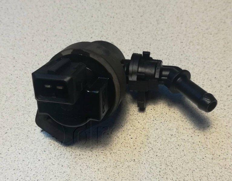 Клапан вентиляции топливного бака Bmw 3-Series E36 M52B20