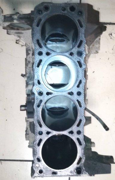Блок цилиндров Nissan Bassara KA24DE