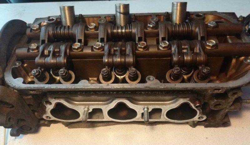 Головка блока цилиндров Honda Mdx YD1 J35A5 правая