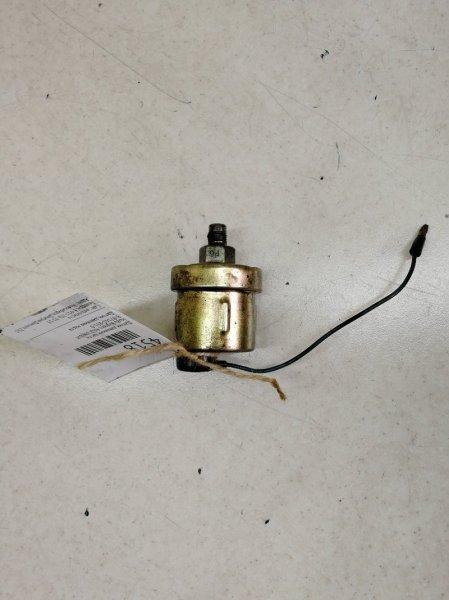 Датчик давления масла Isuzu Bighorn UBR6VF 4JG2
