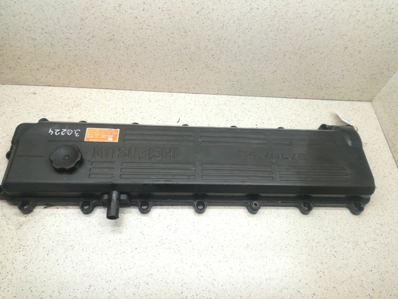 Крышка головки блока цилиндров Mitsubishi Fuso FK71HJ 6M61