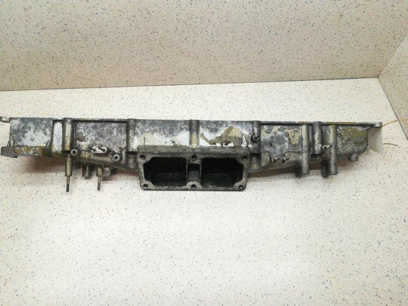 Коллектор впускной Mitsubishi Fuso FK71HJ 6M61