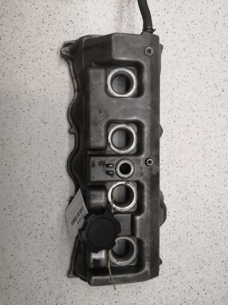 Крышка головки блока цилиндров Toyota Harrier SXU10W 5SFE