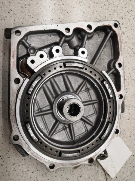 Крышка кпп Toyota Avensis ZZT251L 1ZZFE