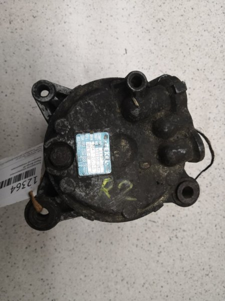 Компрессор кондиционера Mazda Bongo RF