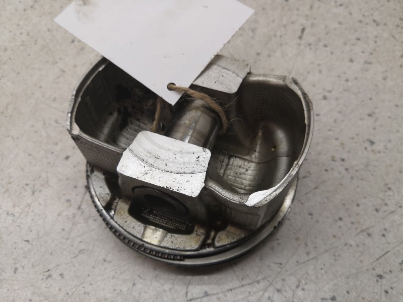Поршень Infiniti Ex25 J50 VQ37VHR
