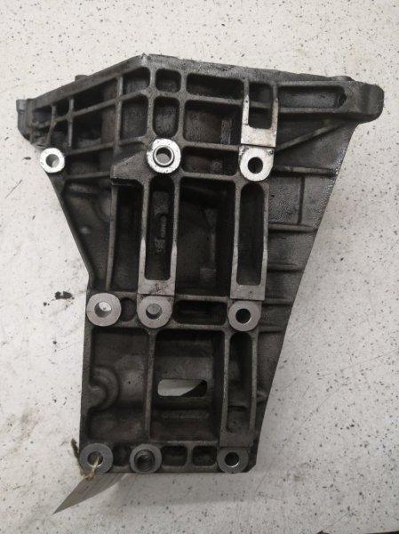 Кронштейн компрессора кондиционера Porsche Cayenne 955 M48.00 2003