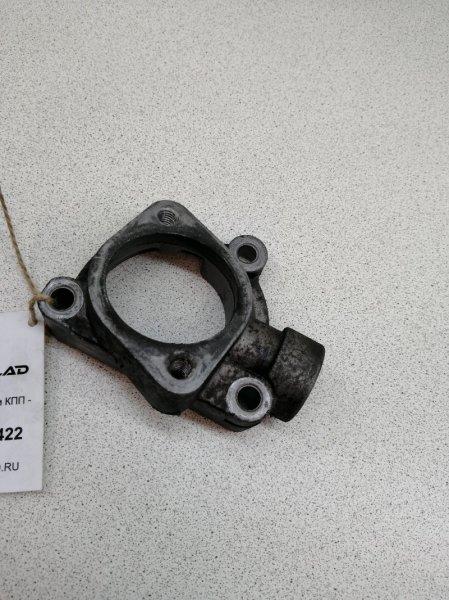 Корпус термостата Kia Sorento D4CB
