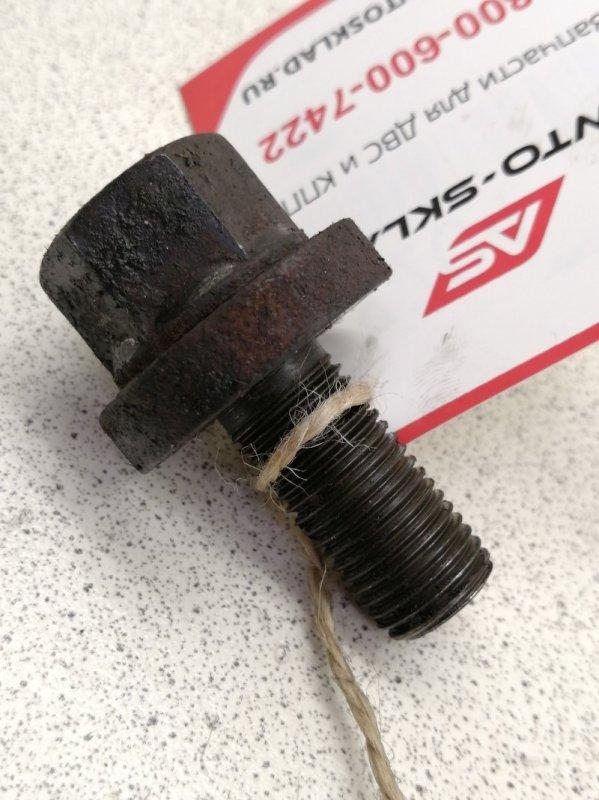 Болт шкива коленвала Mazda Bongo SK22L RF