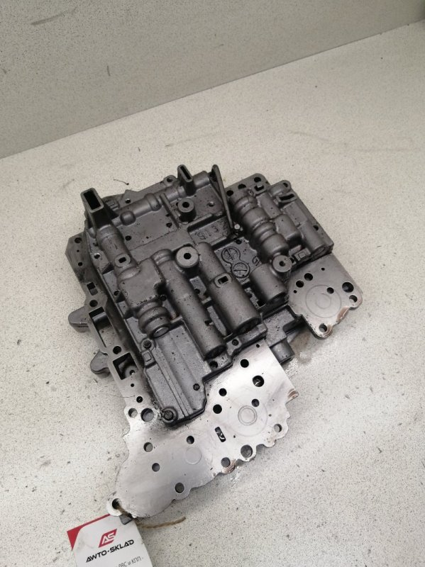 Гидроблок акпп Toyota Avensis AZT255 1AZFSE