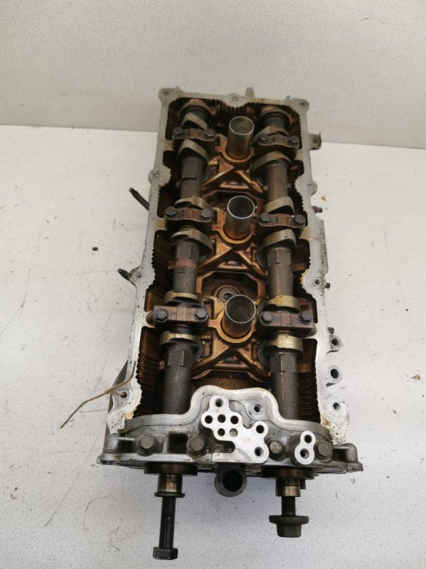 Головка блока цилиндров Infiniti M35 Y50 VQ35DE левая