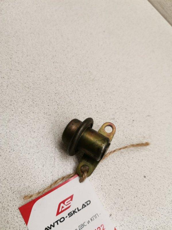 Регулятор давления топлива Nissan Teana J31 VQ23DE