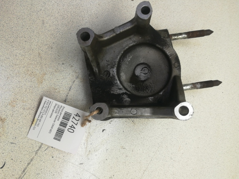 Опора двигателя Mitsubishi Outlander CW6W 6B31