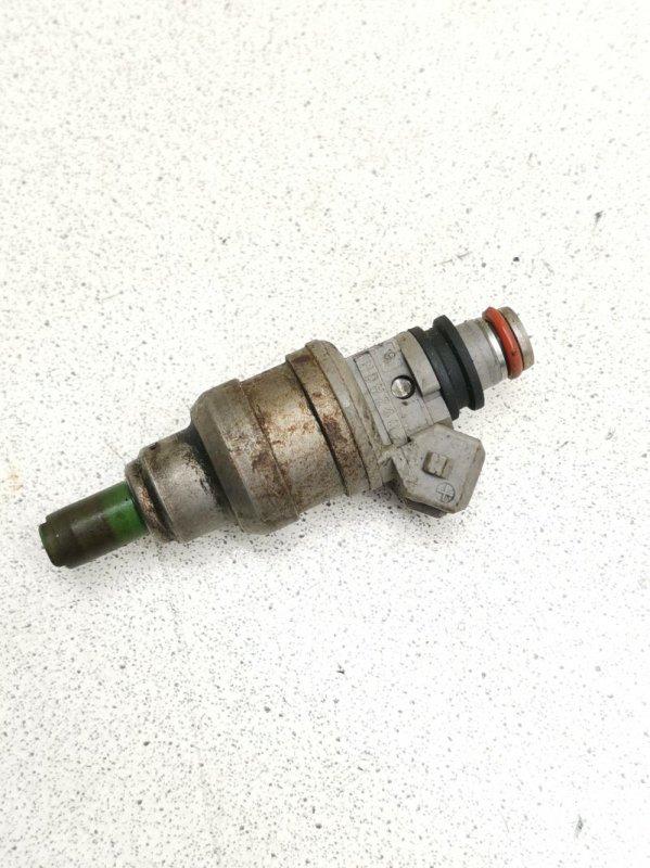 Форсунка топливная Mitsubishi Rvr N23WG 4G63