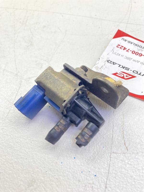 Клапан вакуумный Nissan Sunny B15 QG18DE