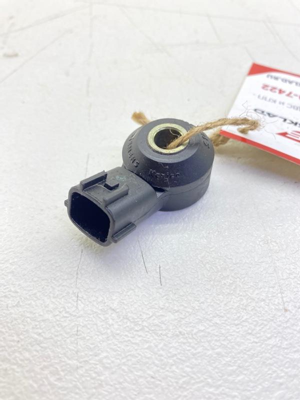 Датчик детонации Nissan King Cab D22 KA24DE