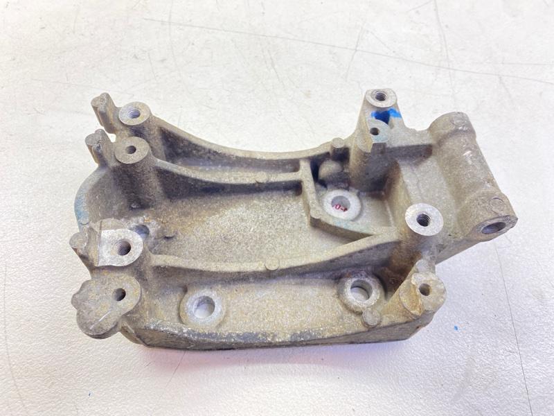 Кронштейн компрессора кондиционера Mazda Mpv GE5P WLT