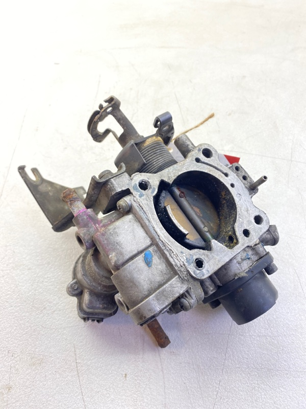 Заслонка дроссельная Mitsubishi Delica Space Gear PD4W 4G64