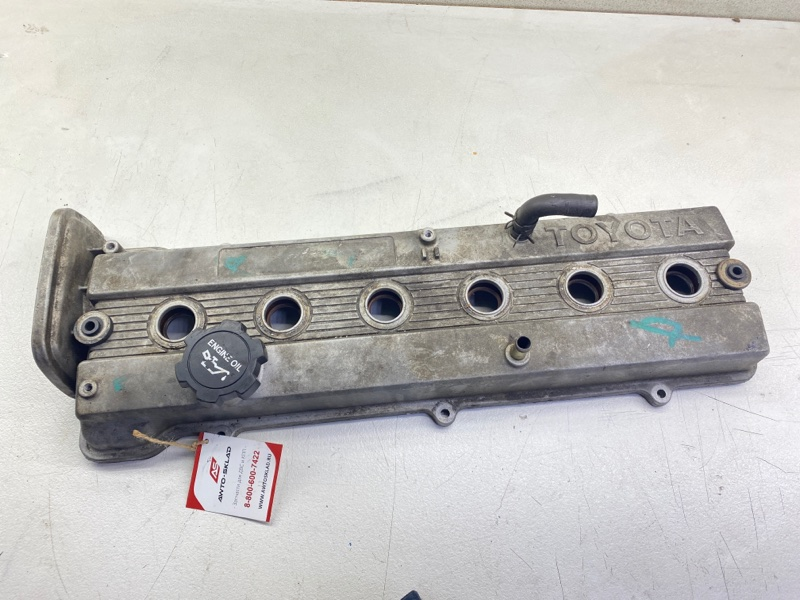Крышка головки блока цилиндров Toyota Chaser GX100 1GFE