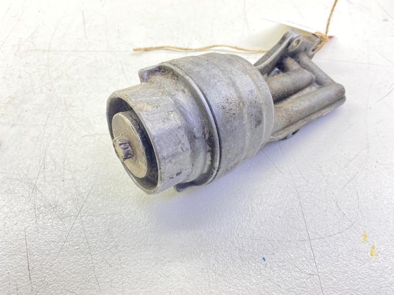 Кронштейн масляного фильтра Nissan Vitz KSP130 1KRFE