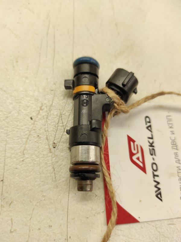 Форсунка топливная Nissan Teana J31 VQ35DE