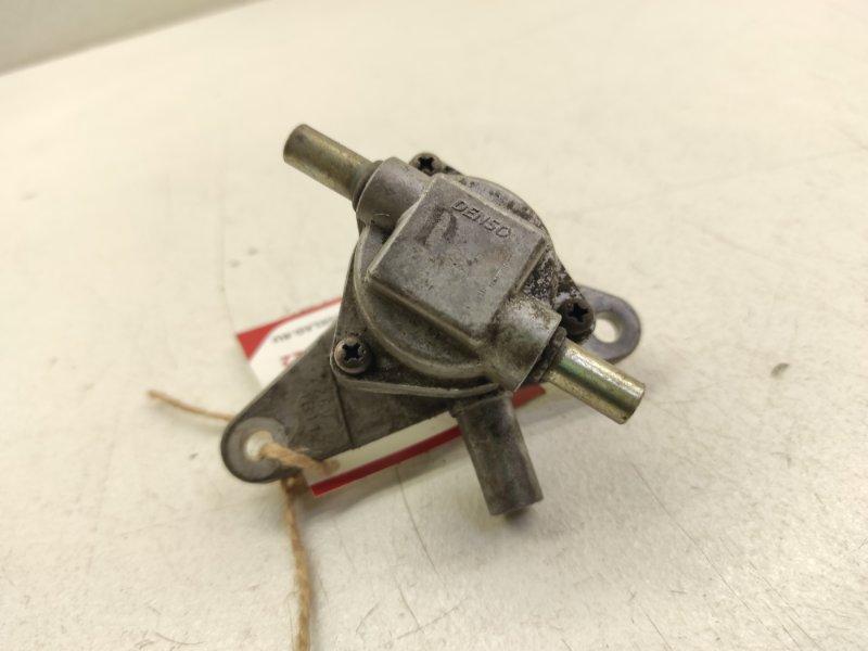Клапан Honda Inspire UA4 J25A