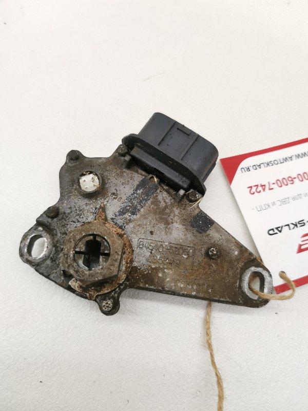 Датчик положения селектора акпп Toyota Corolla NZE121R 1NZFE