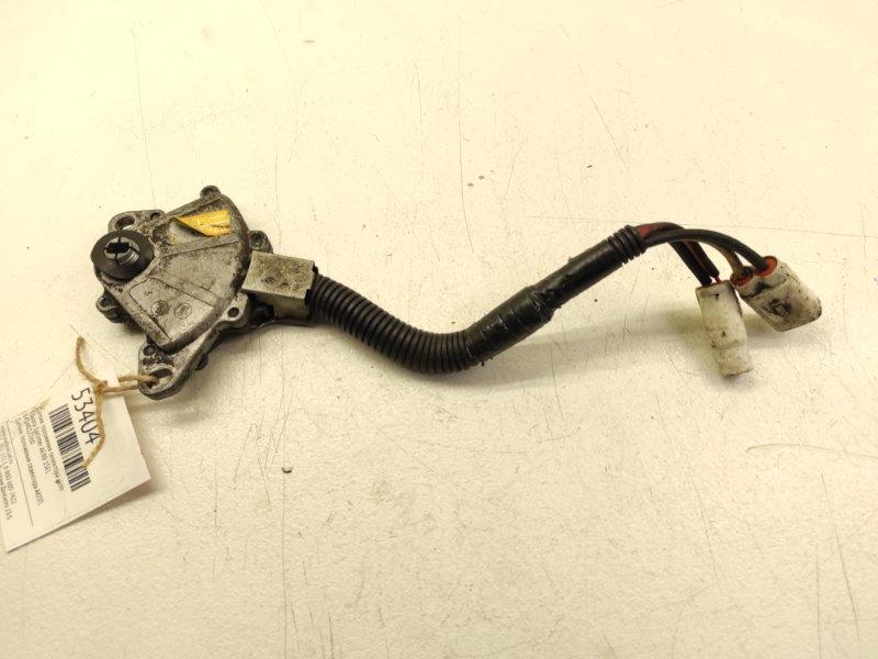 Датчик положения селектора акпп Toyota Sprinter AE80 1SEL