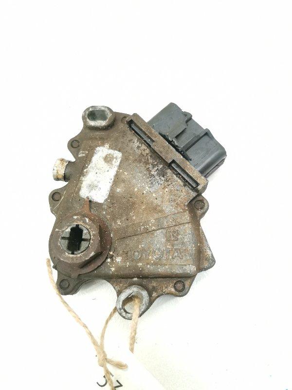 Датчик положения селектора акпп Toyota Rav4 SXA15G 3SFE