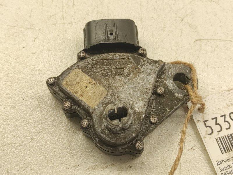 Датчик положения селектора акпп Suzuki Escudo TA74W