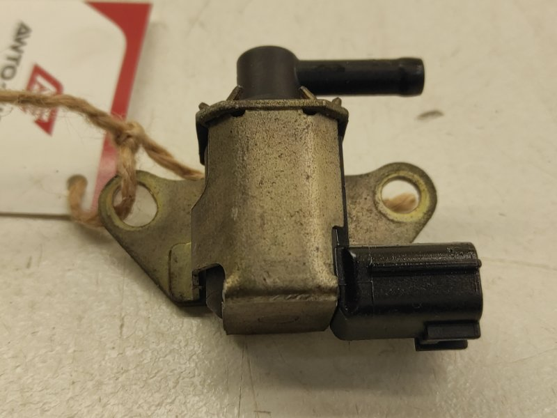 Клапан вакуумный Nissan X-Trail NT31 MR20DE