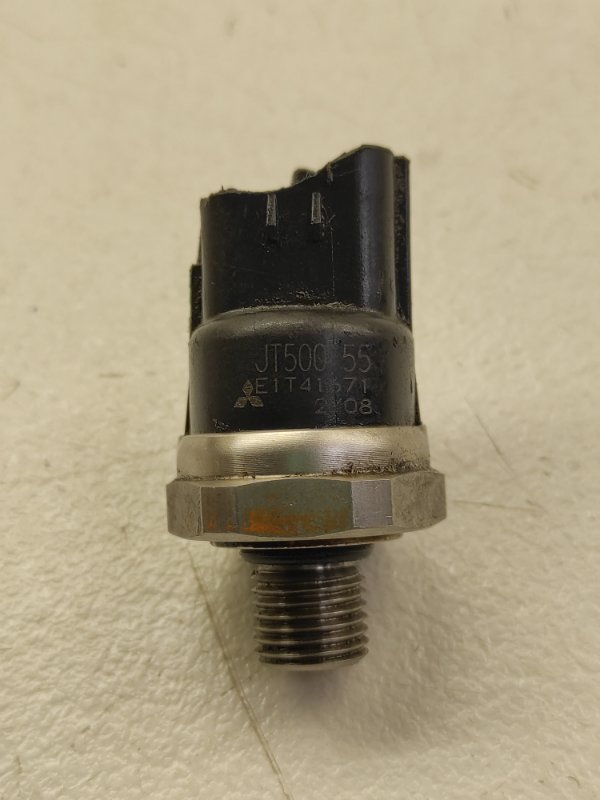 Датчик давления масла Mitsubishi Colt Plus Z21A 4G15
