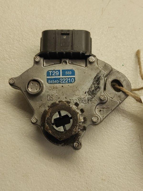 Датчик положения селектора акпп Toyota Mark Ii Wagon Blit GX110 1GFE