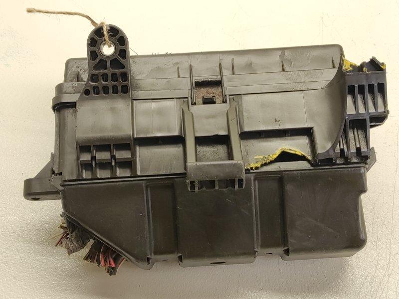 Блок предохранителей Toyota Alphard ANH10 2AZFE