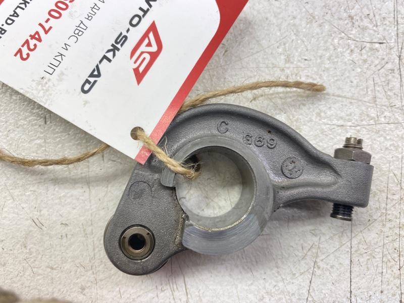 Рокер клапана Mitsubishi Grandis NA4W 4G69