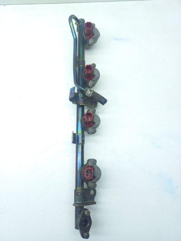Форсунка топливная Nissan Bluebird HNU14 SR20DE