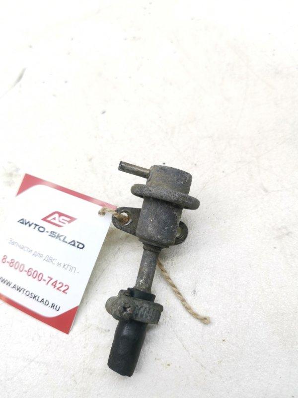 Регулятор давления топлива Nissan Maxima J30 VG30E